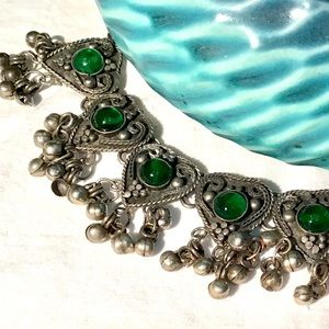 Jewelry - ❇️Vintage Ornate Silver Necklace